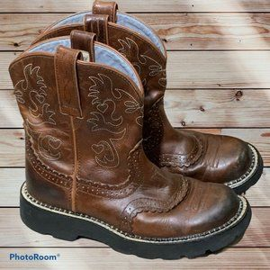 """Ariat Fatbaby Brown Leather Saddle Roper Short 8"""""""